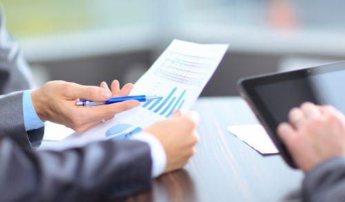 Perspektywy i najważniejsze problemy firm według dyrektorów finansowych (CFO)