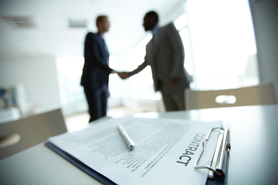 Jaką umowę podpisać z księgowym?