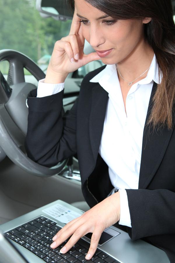 Jak rozliczyć zakup samochodu na firmę?
